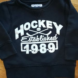 The Children's Place Sweatshirt Size 3T